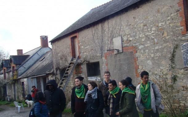 FRANSA'DA TOPRAKSIZ KÖYLÜ HAREKETİ
