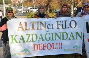 Kazdağları için Meclis önünde protesto