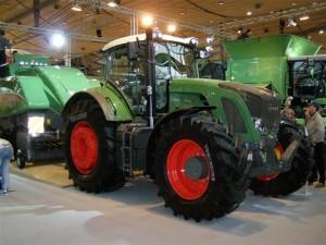 Bursa'dan traktör al, İsrail'e yerleşim kredisi olsun…