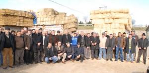 Çiftçilerden saman fiyatlarına protesto