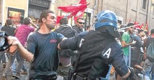 İtalya'da tasarruf protestosu