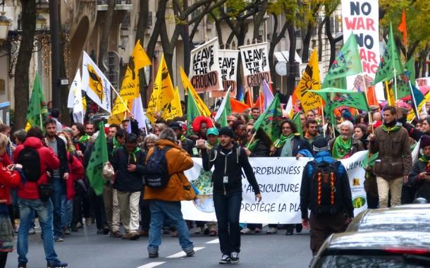 COP21: MASKARALIĞIN PERDESİ DÜŞTÜ