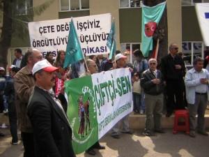 Çiftçi-Sen, direnen TARİŞ işçisinin yanındaydı: