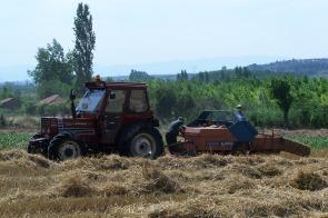 AKP, mazotu çiftçiye 2.23 armatöre 1 YTL'ye satıyor