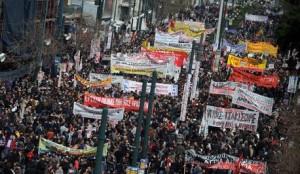 Yunanistan'da milyonlar gücünü gösterdi